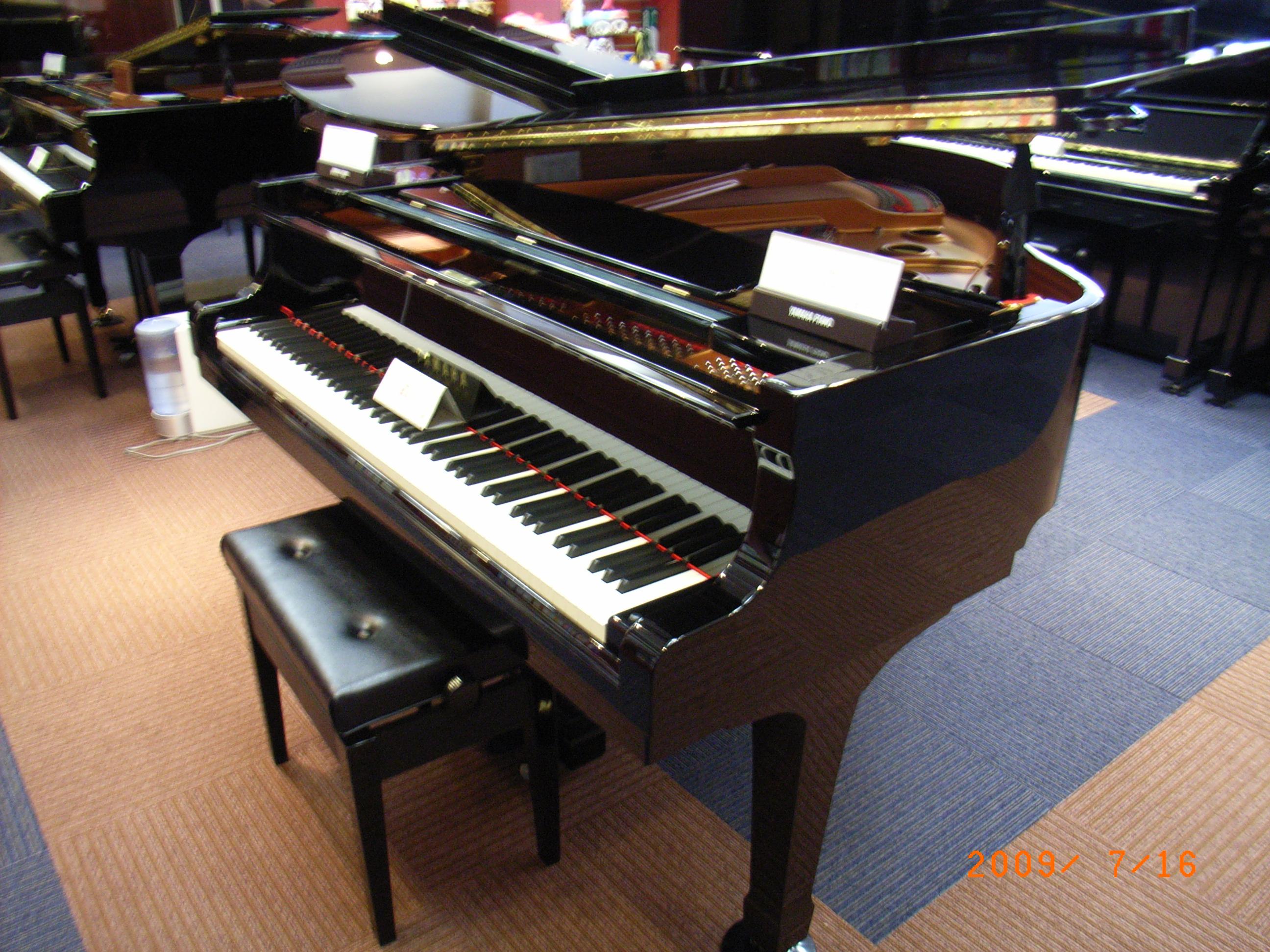 ヤマハグランドピアノ C2L 新入荷